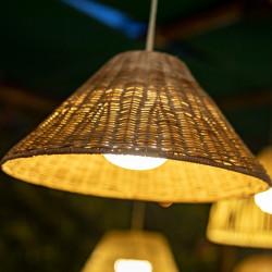 Suspension extérieure LED intégrée - lemobilierdejardin.fr