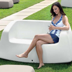 Canapé dans le jardin - SUGAR - LYXO